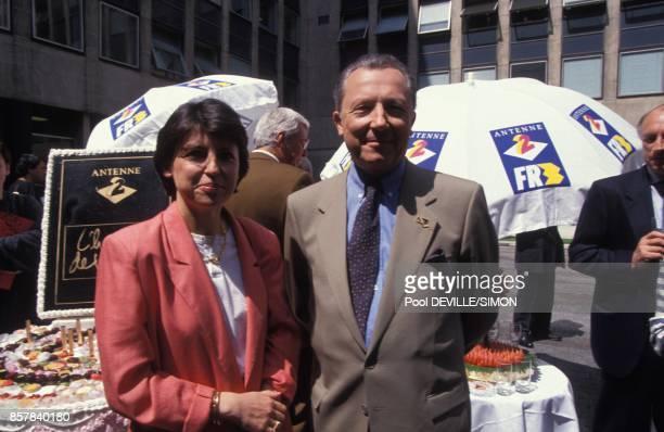 Jacques Delors president de la Commission europeenne avec sa fille Martine Aubry lors du 10eme anniversaire de l'emission televisee 'L'Heure de...