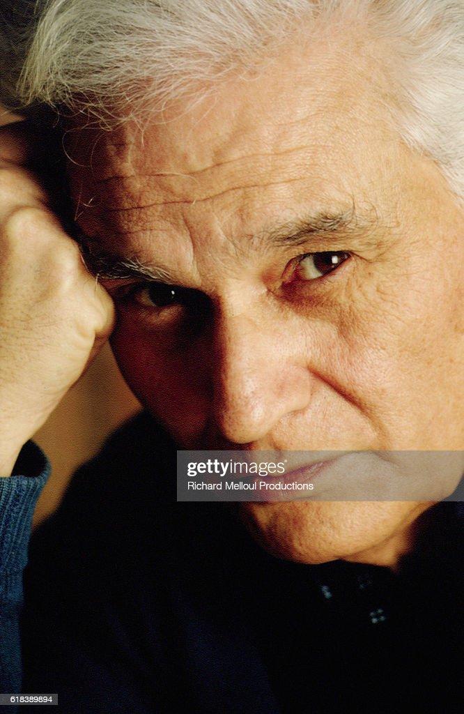 Philosopher Jacques Derrida : Photo d'actualité