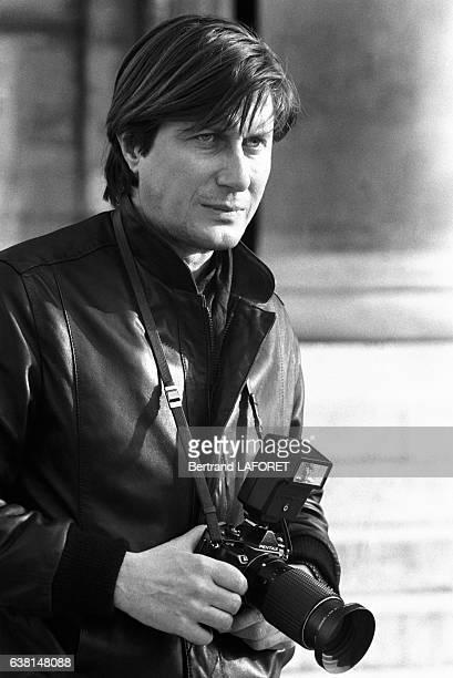Jacques Dutronc sur le tournage du film 'Yat'il un français dans la salle' réalisé par JeanPierre Mocky le 20 janvier 1982 à Paris France