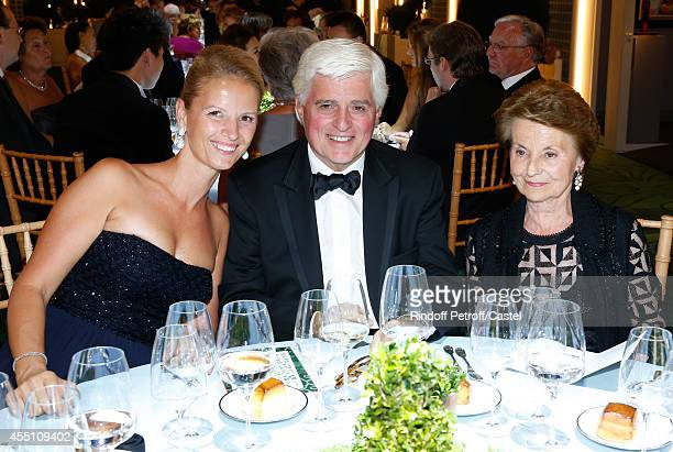 Jacques Garcia sitting between Miss Guillaume Feau and Miss Jacques Fournier attend the 27th 'Biennale des Antiquaires' Pre Opening at Le Grand...