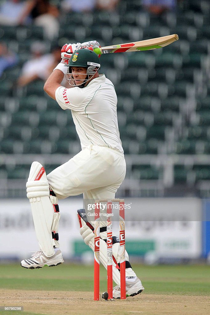 South Africa v England - 4th Test Day Two