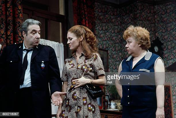 "Jacques Morel, Geneviève Fontanel and Jackie Sardou on stage in the play ""The white queen""."