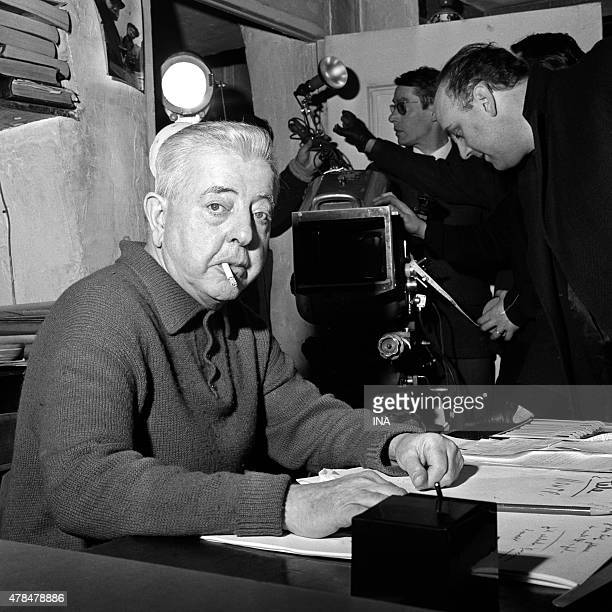 Jacques Prevert to his office during the shooting of the program ''The hot Hours of Montparnasse''