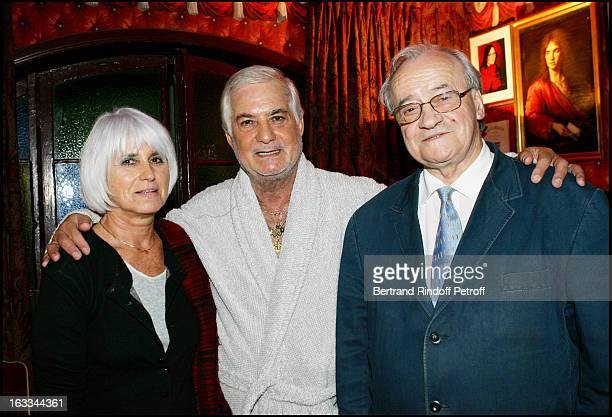 Jacques Ralitte and wife at the Celebration Of The Hit Show J' Ai Oublie De Vous Dire Featuring Jean Claude Brialy At The Theatre Des Bouffes...
