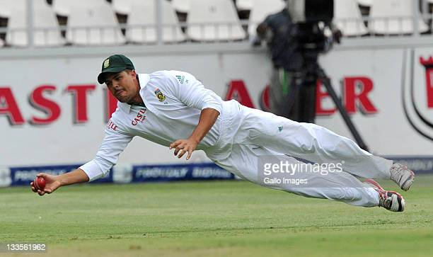 Jacques Rudolph of South Africa fields at 3rd slips during day four of the 2nd Test match between South Africa and Australia at Bidvest Wanderers on...