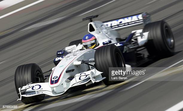 Jacques Villeneuve of Canada and BMW Sauber in action during the F1 Grand prix of Europe at the Nurburgring on May 7 in Nurburg, Germany.