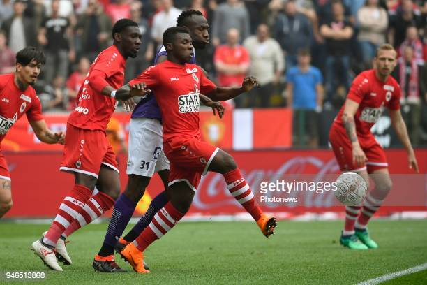 Jacques Zoua of Beerschot Wilrijk Aurelio Buta defender of Antwerp FC during the Jupiler Pro League play off 2 match between Royal Antwerp FC and...