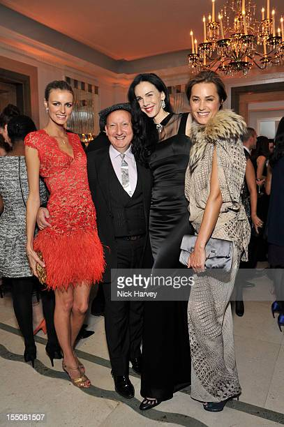 Jacquetta Wheeler Stephen Jones L'Wren Scott and Yasmin Le Bon attend the Harper's Bazaar Woman of the Year Awards at Claridge's Hotel on October 31...