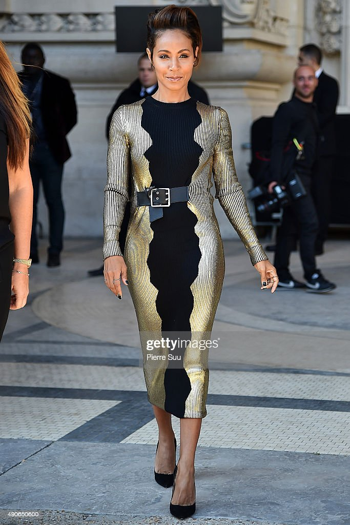 Jada Pinkett Smith arrives at the Guy Laroche show as part of the Paris Fashion Week Womenswear Spring/Summer 2016 on September 30, 2015 in Paris, France.