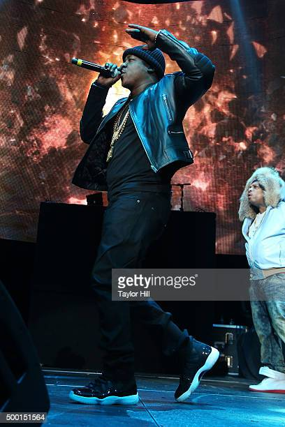 """Jadakiss performs during Hot 97's """"Busta Rhymes and Friends: Hot for the Holidays"""" at Prudential Center on December 5, 2015 in Newark, New Jersey."""