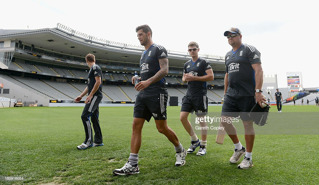 Jade Dernbach, James Harris and England bowling coach David Saker arrive for an England nets session at Eden Park on February 8, 2013 in Auckland, New Zealand.