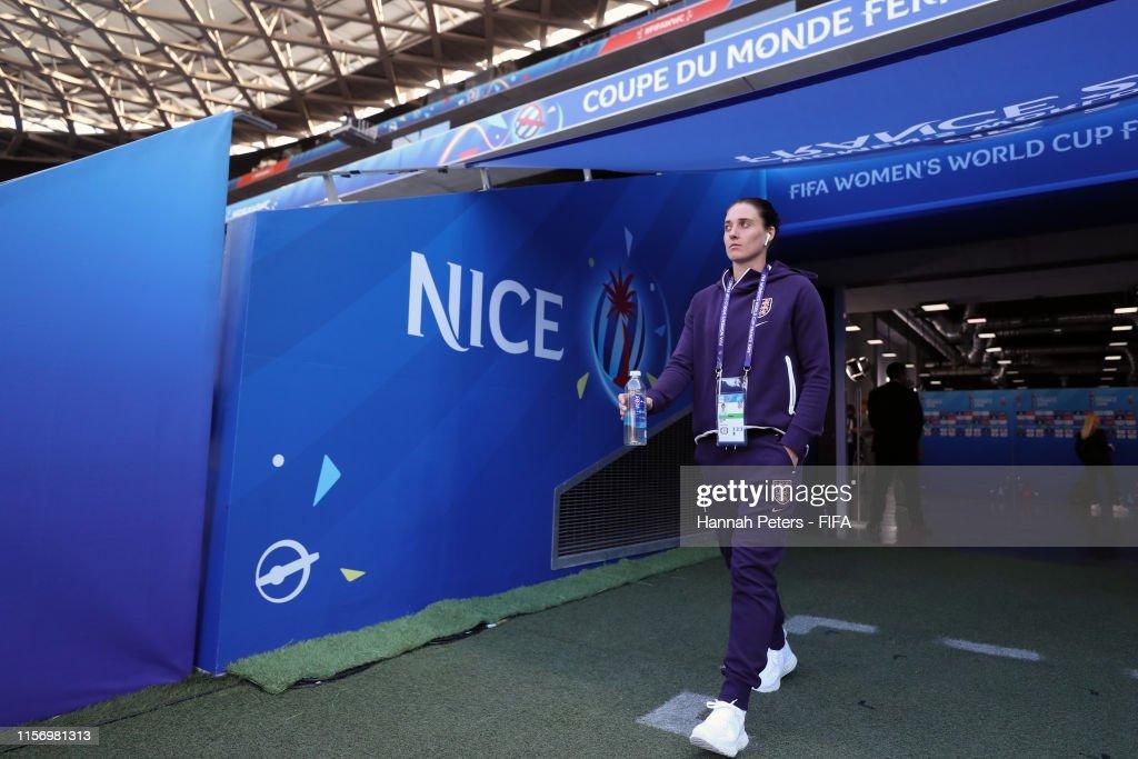 Japan v England: Group D - 2019 FIFA Women's World Cup France : News Photo