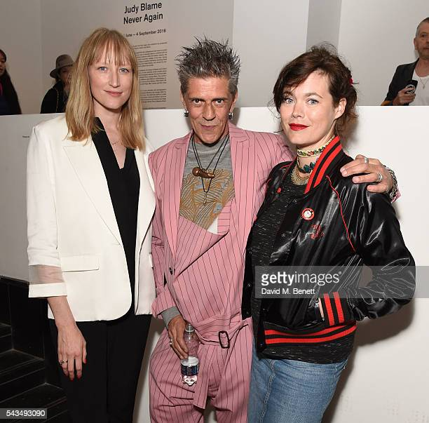 Jade Parfitt Judy Blame and Jasmine Guinness attend a VIP private view of Judy Blame Never Again and Artistic Difference at the ICA on June 28 2016...