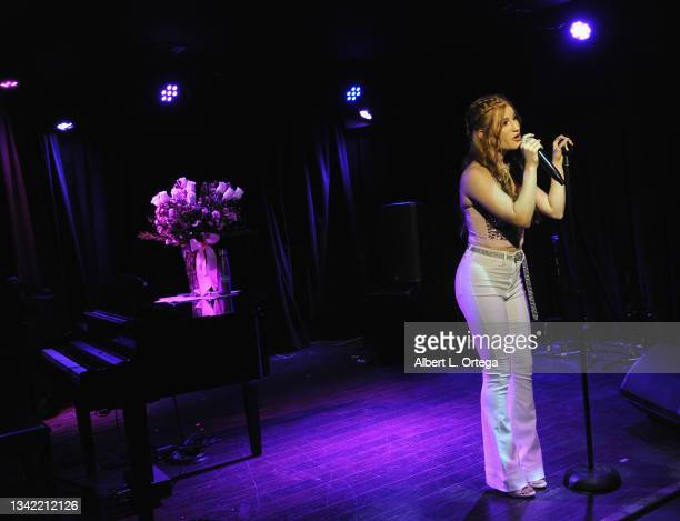 Jade Patteri perform at her EP Release Party held at The Federal NoHo on September 21, 2021 in North Hollywood, California.