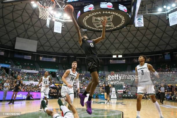 Jaden McDaniels of the Washington Huskies lays the ball in during the first half of the game at the Stan Sheriff Center on December 23, 2019 in...