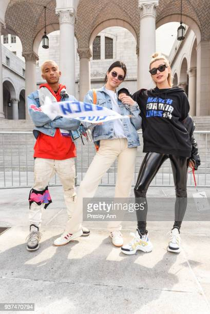 Jaden Smith Kendall Jenner and Hailey Baldwin attend March For Our Lives Los Angeles on March 24 2018 in Los Angeles California