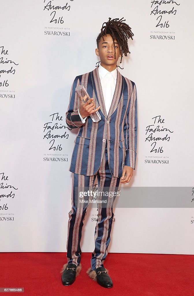 The Fashion Awards 2016 - Winners Room : News Photo