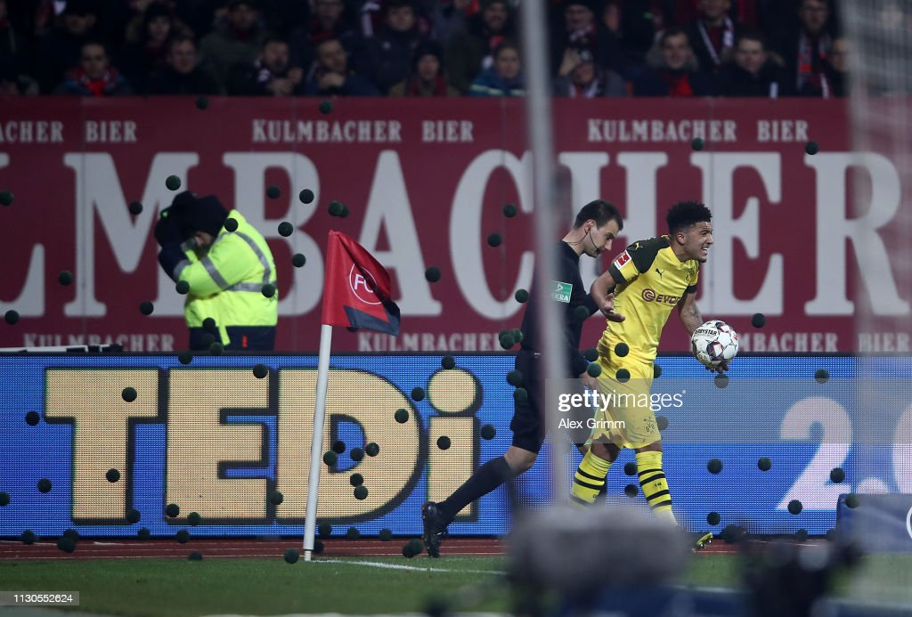 1. FC Nuernberg v Borussia Dortmund - Bundesliga : ニュース写真