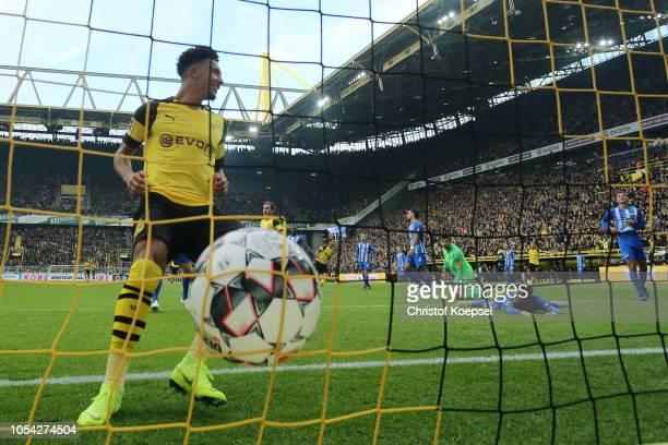 Jadon Sancho of Borussia Dortmund celebrates after scoring his team's second goal during the Bundesliga match between Borussia Dortmund and Hertha...