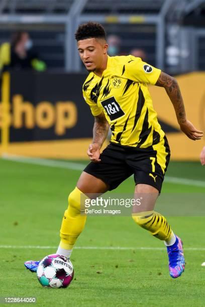 Jadon Sancho of Borussia Dortmund controls the ball during the Bundesliga match between Borussia Dortmund and Borussia Moenchengladbach at Signal...