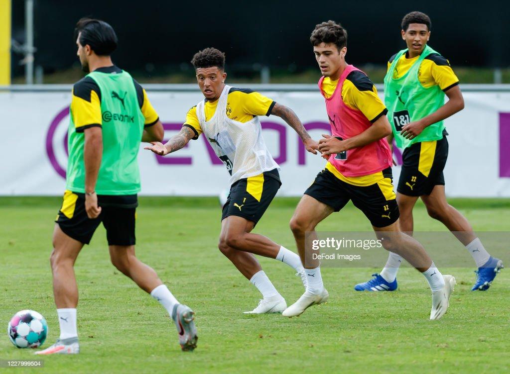 Borussia Dortmund Bad Ragaz Training Camp - Day 1 : ニュース写真
