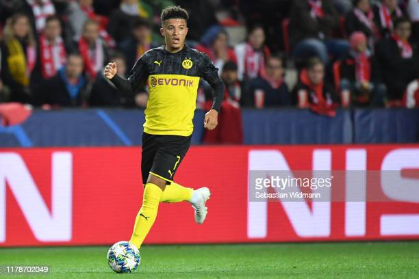 Jadon Sancho of Borussia Dortmund plays the ball during the UEFA Champions League group F match between Slavia Praha and Borussia Dortmund at Eden...