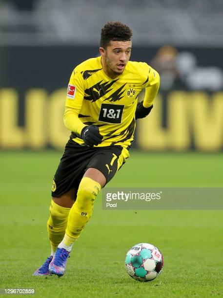 Jadon Sancho of Borussia Dortmund runs with the ball during the Bundesliga match between Borussia Dortmund and 1. FSV Mainz 05 at Signal Iduna Park...