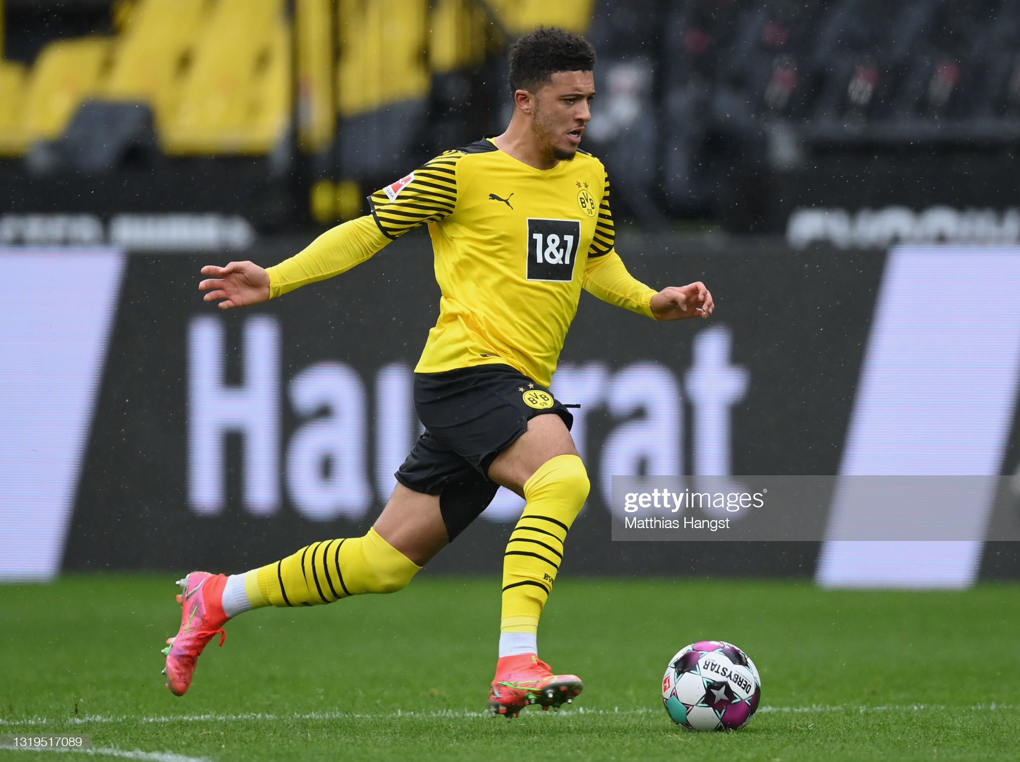 Could Jadon Sancho finally be heading to Manchester United?