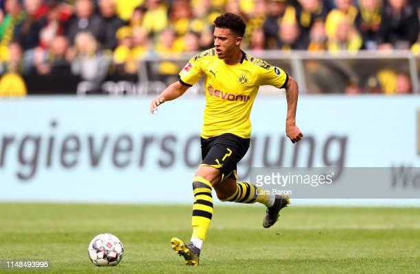 Jadon Sancho of Dortmund runs with the ball during the Bundesliga match between Borussia Dortmund and Fortuna Duesseldorf at Signal Iduna Park on May...