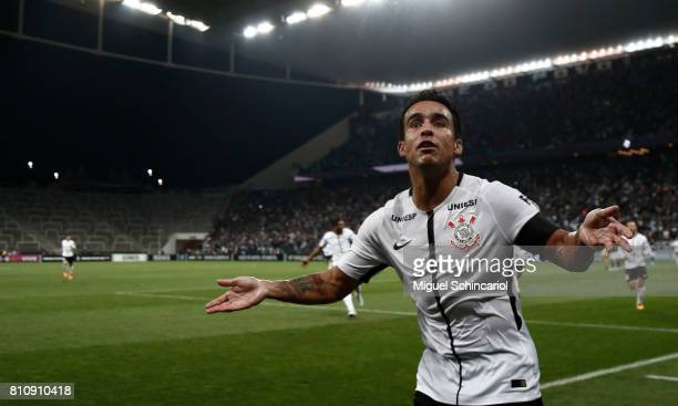 Jadson of Corinthians celebrates his goal during the match between Corinthians and Ponte Preta for the Brasileirao Series A 2017 at Arena Corinthians...