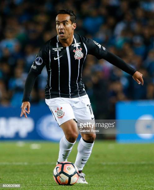 Jadson of Corinthians drives the ball during a second leg match between Racing Club and Corinthians as part of round of 16 of Copa CONMEBOL...