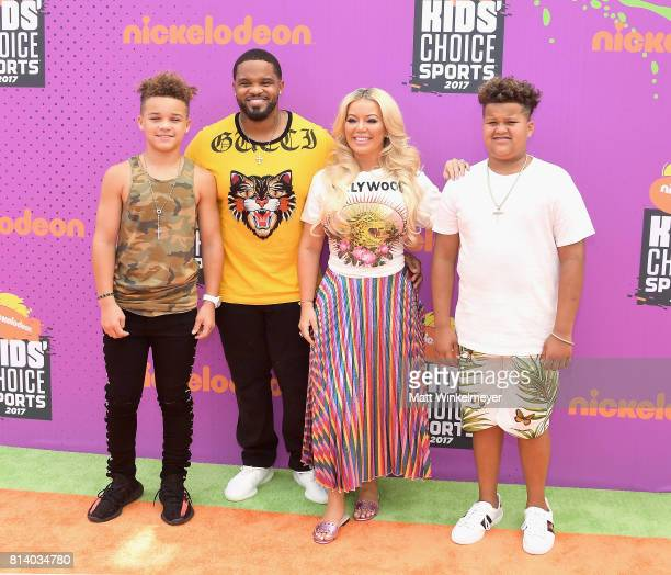 Jadyn Fielder MLB player Prince Fielder Chanel Fielder and Haven Fielder attend Nickelodeon Kids' Choice Sports Awards 2017 at Pauley Pavilion on...