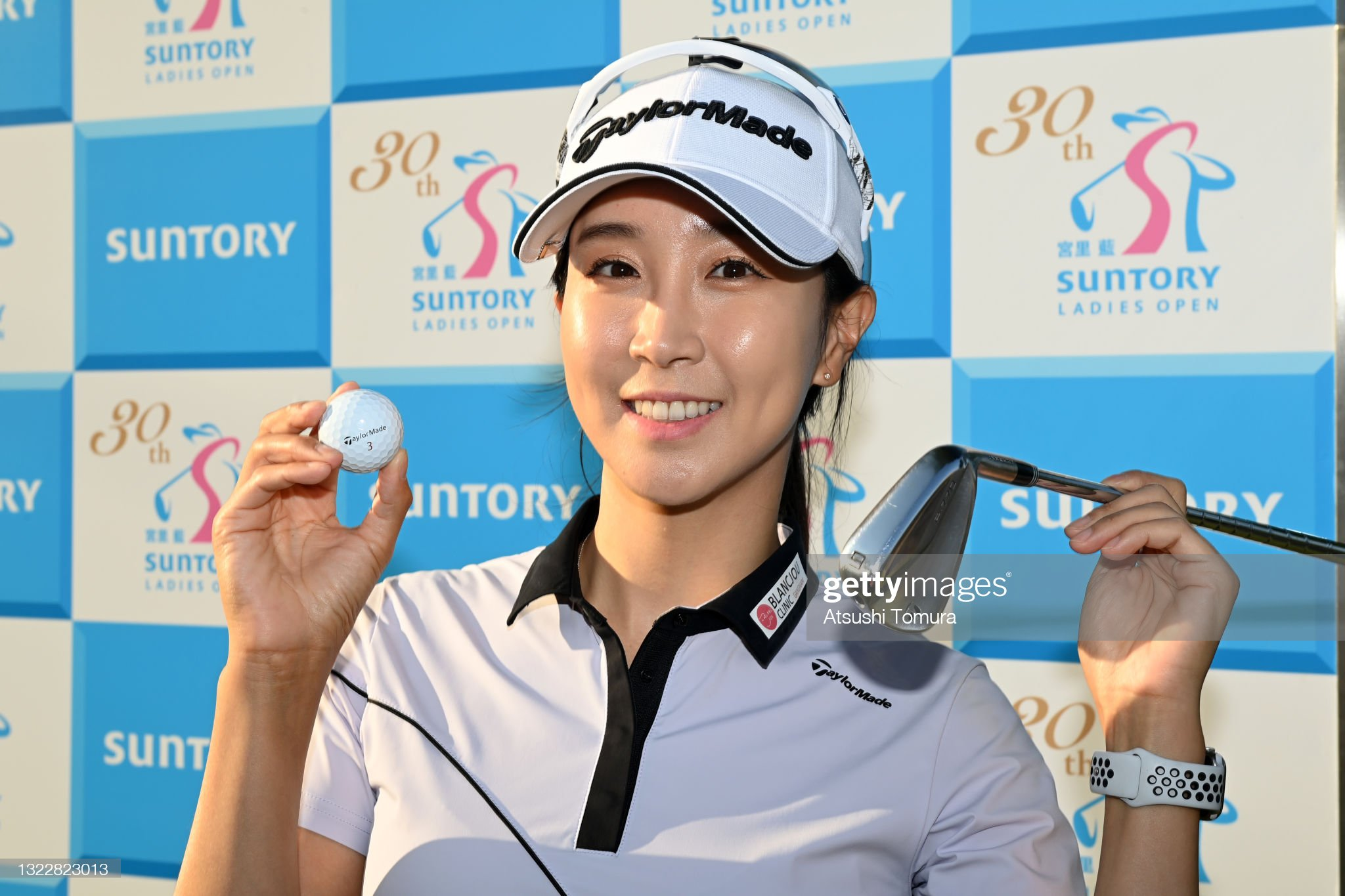 https://media.gettyimages.com/photos/jaeeun-chung-of-south-korea-poses-as-she-made-a-holeinone-at-the-6th-picture-id1322823013?s=2048x2048