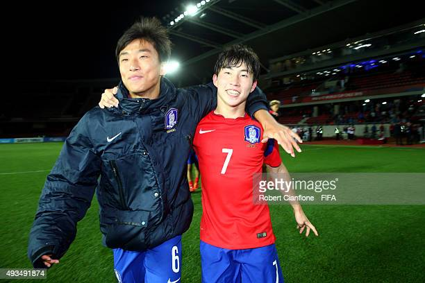 Jaewon Jang and Sanghyeok Park of Korea Republic celebrate after they defeated Guinea during the FIFA U17 World Cup Group B match between Korea...