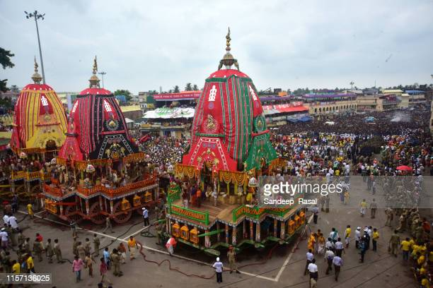 jagannath rath yatra - rath yatra hindu festival in india stock pictures, royalty-free photos & images