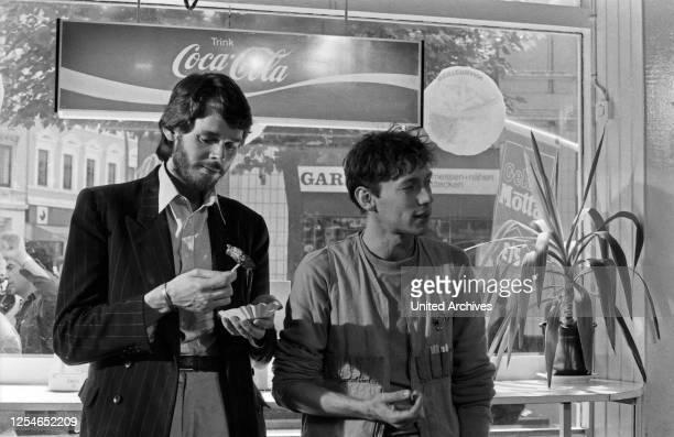 Jagger und Spaghetti Fernsehfilm Deutschland 1984 Regie Karsten Wichniarz Darsteller Peter Buchholz Stephan Schwartz
