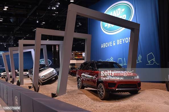 Land Rover Chicago >> Jaguar Land Rover Debuts New Range Rover Evoque At Chicago Auto Show