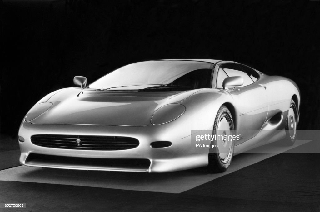 Jaguaru0027s Powerful 6.2 Litre XJ 220 Two Seater Sports Car, A Prototype Of  Which
