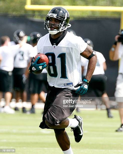 Jaguars Rookie WR Mike Walker during the first session mini camp at the Jacksonville Jaguars practice facility in Jacksonville FL Saturday May 11 2007