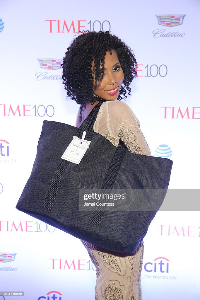 Jaha Dukureh poses with a gift bag as she attends 2016 Time 100 Gala, Time's Most Influential People In The World - Cocktails at Jazz At Lincoln Center at the Times Warner Center on April 26, 2016 in New York City.