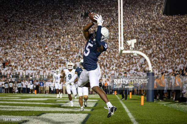 Jahan Dotson of the Penn State Nittany Lions catches a pass for a touchdown against the Auburn Tigers during the first half at Beaver Stadium on...