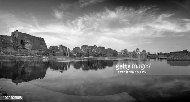 jahaz mahal or ship palace - {{asset.href}} stock-fotos und bilder