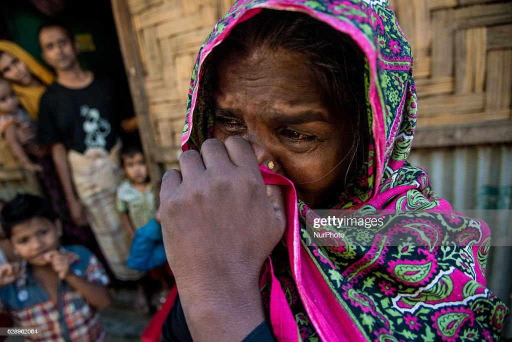 Rohingya Muslims Flee To Bangladesh : News Photo