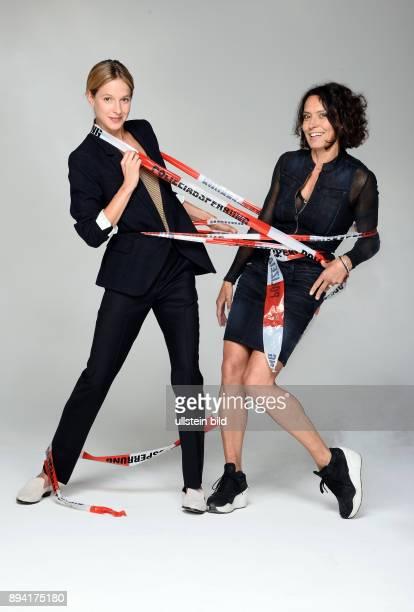 25 Jahre LenaOdenthalTatort Fototermin am in Hamburg Ulrike Folkerts ist eine deutsche Schauspielerin Sie ist bekannt als TatortKommissarin Lena...