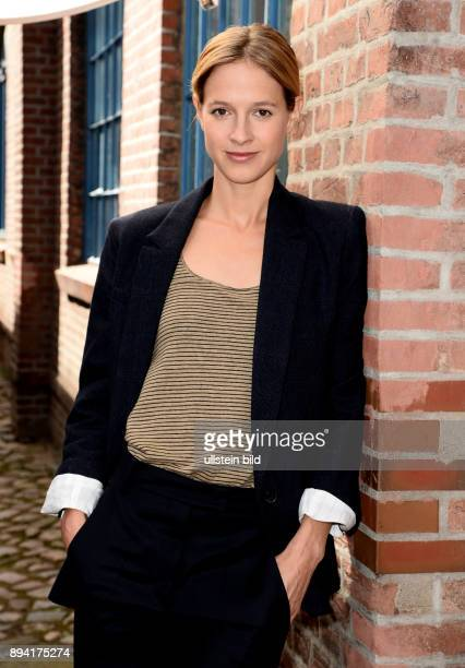 25 Jahre LenaOdenthalTatort Fototermin am in Hamburg Lisa Bitter ist eine deutsche Schauspielerin die NEUE im Ludwigshafener Tatort