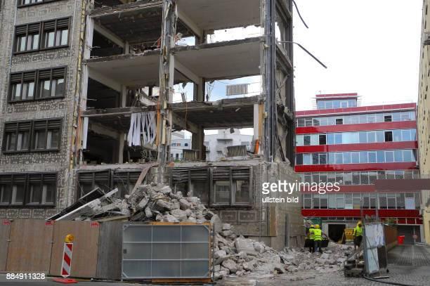 Jahrelanger BueroLeerstand der ehemaligen SchalckZentrale der DDR fuer Kommerzielle Koordination in der Wallstrasse 18 Naehe Spittelmarkt wird...