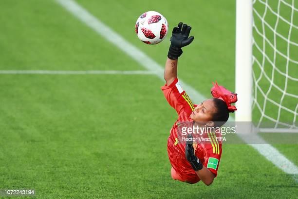 Jaidy Gutierrez goalkeeper of Mexico stops a penalty shot during the FIFA U-17 Women's World Cup Uruguay 2018 quarter final match between Ghana and...