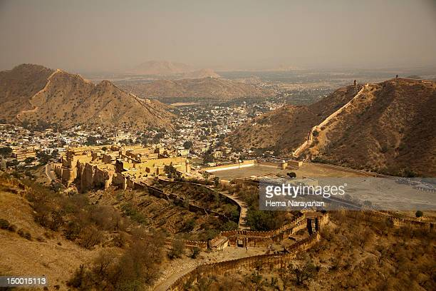 jaigarh fort in jaipur - hema narayanan stock pictures, royalty-free photos & images