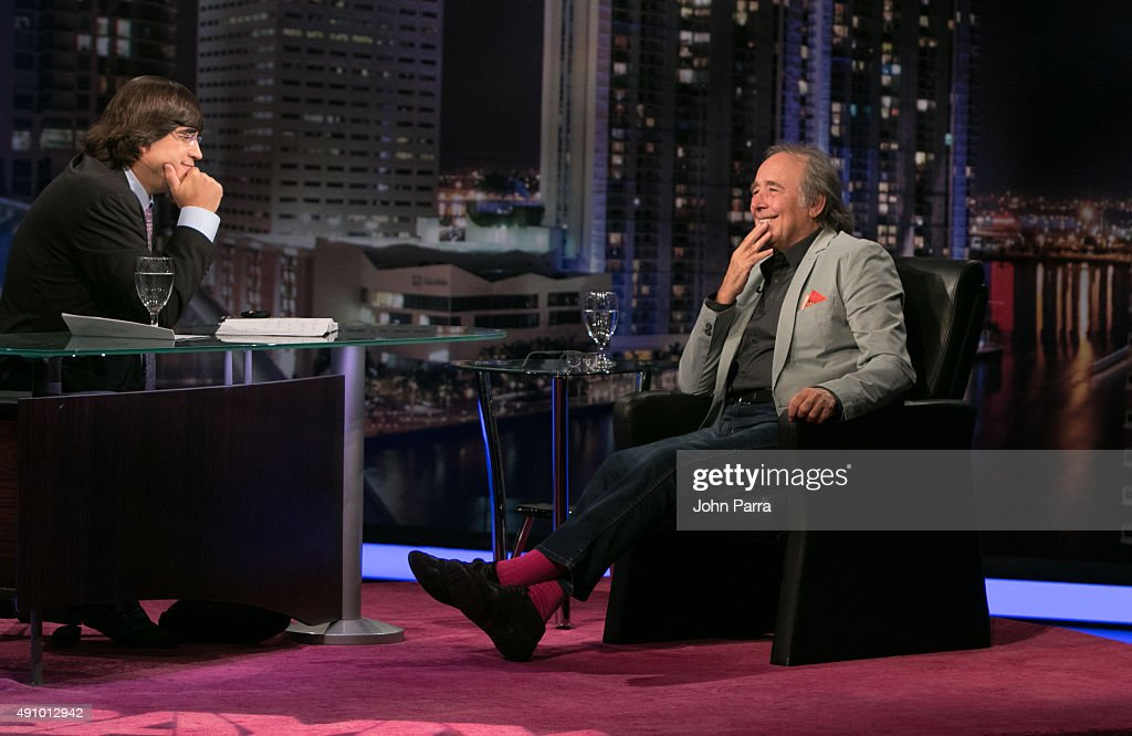 Jaime Bayly And Joan Manuel Serrat On The Set Of Jaime Bayly Show At News Photo Getty Images Hay que despedir empleados públicos, ñoquis. https www gettyimages dk detail news photo jaime bayly and joan manuel serrat on the set of jaime news photo 491012942