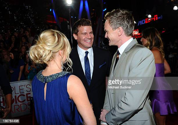 Jaime Bergman actor David Boreanaz and actor Neil Patrick Harris arrive at the 2012 People's Choice Awards at Nokia Theatre LA Live on January 11...